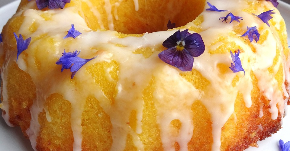 Juicy lemon cake