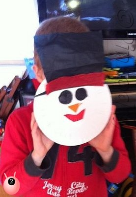 Christmas Craft: Snowmen Paper Plate Masks