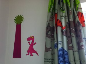 dinowallandcurtains