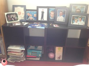shelves_and_pictures
