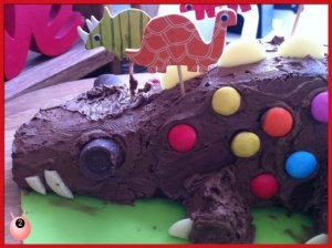 dinosaur_birthday_cake