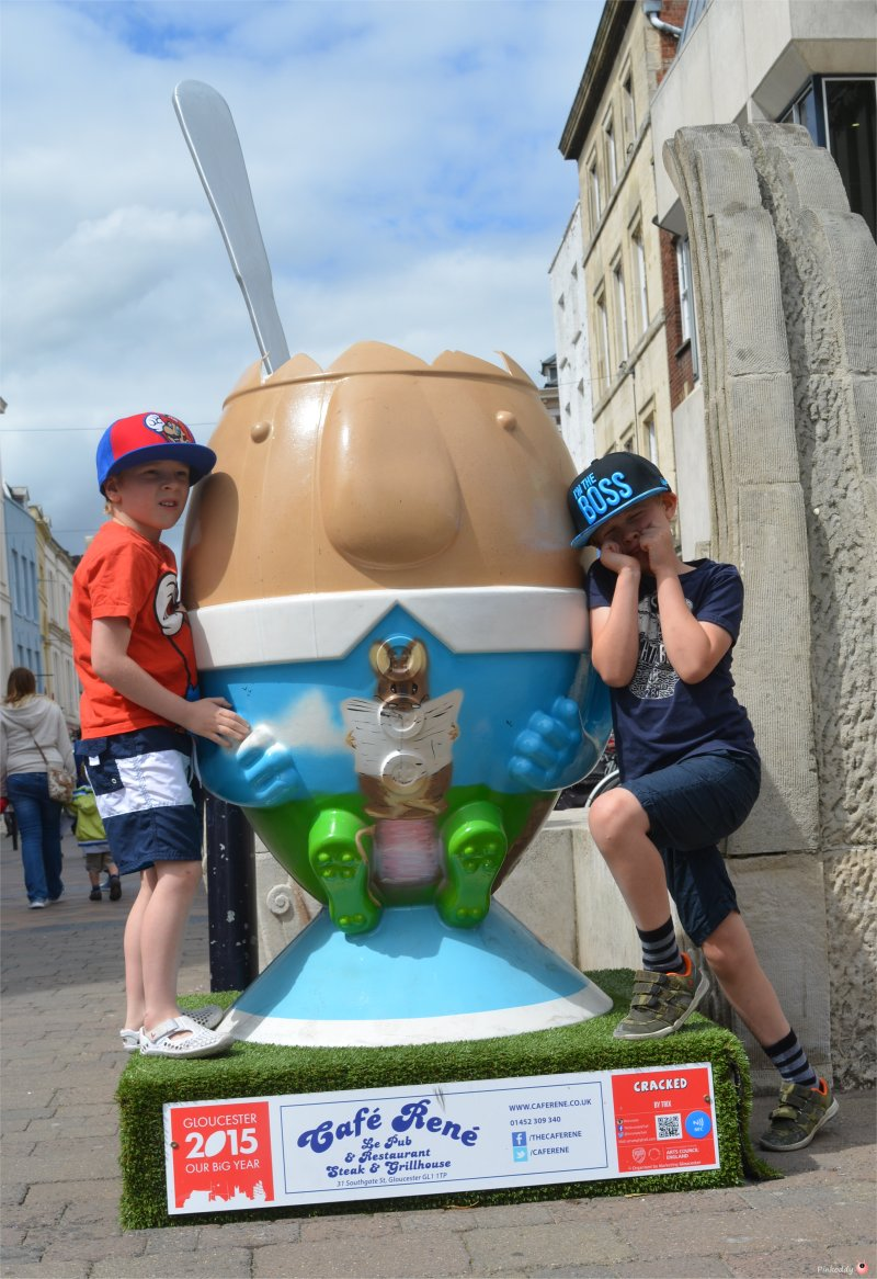 Gloucester Scrumpty Trail for Rugby World Cup Egg 1
