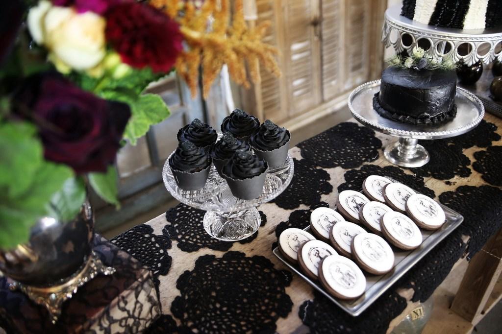 halloween wedding 20