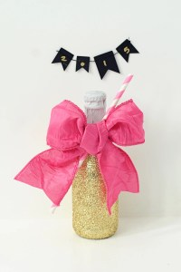 DIY Glittered Party Bottles : Fun DIY Party Ideas