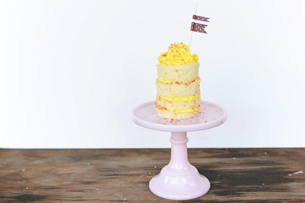 mini cake header featured