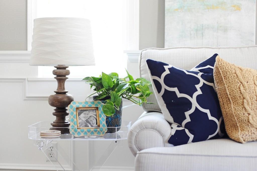 interior design ideas with acrylic furniture