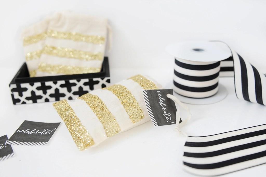 DIY Glitter Muslin Gift Card Bags