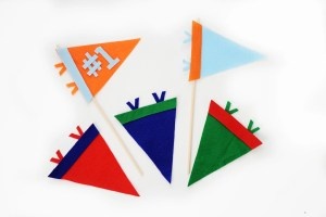 DIY Mini Felt Sports Pennant Decorations