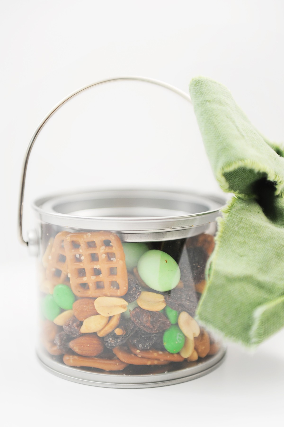 Catch a Leprechaun with this Yummy Leprechaun Bait and Cute Free Printable