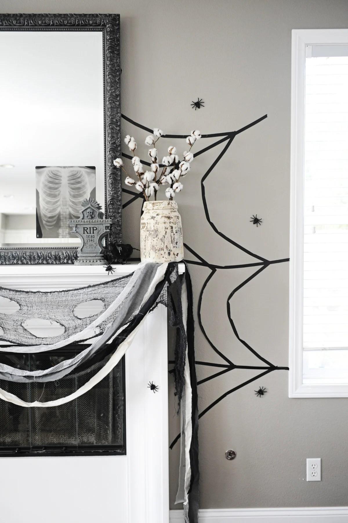 Halloween mantel 1