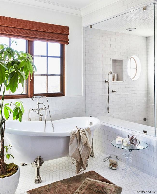 Lauren conrads home bathroom