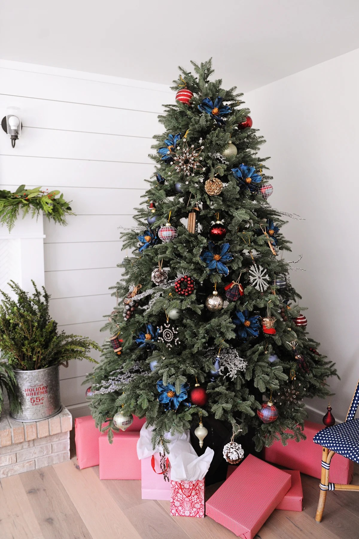 Balsam Christmas Trees.Balsam Hill 12 Bloggers Of Christmas Balsam Hill Tree Ideas