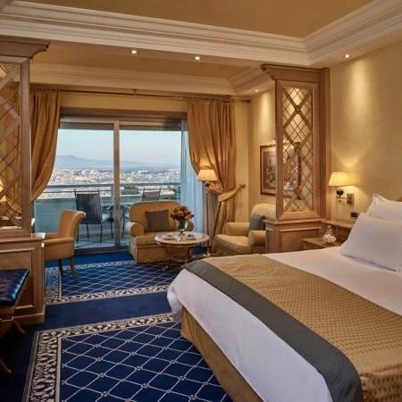 rome cavalieri guest room