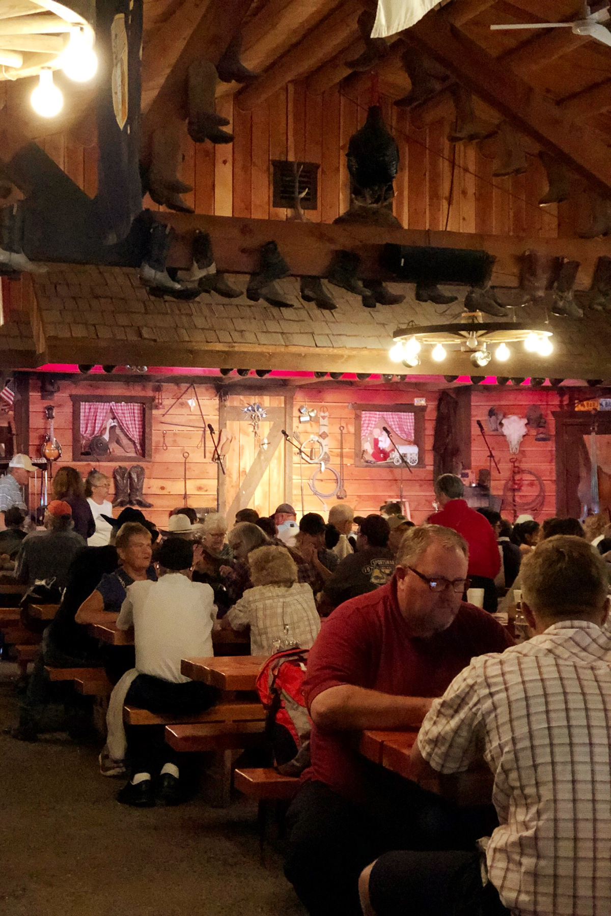 the best chuckwagon dinner in jackson hole