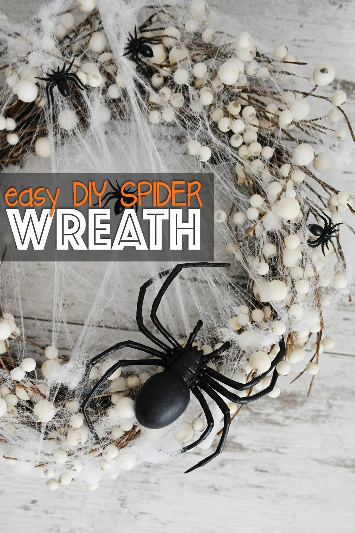 spider wreath DIY