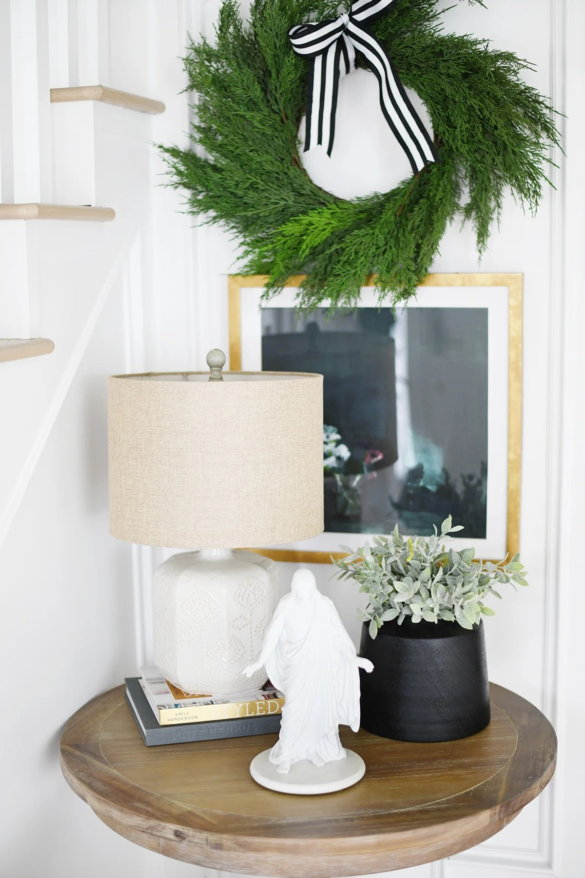 Christmas entry way decor 2