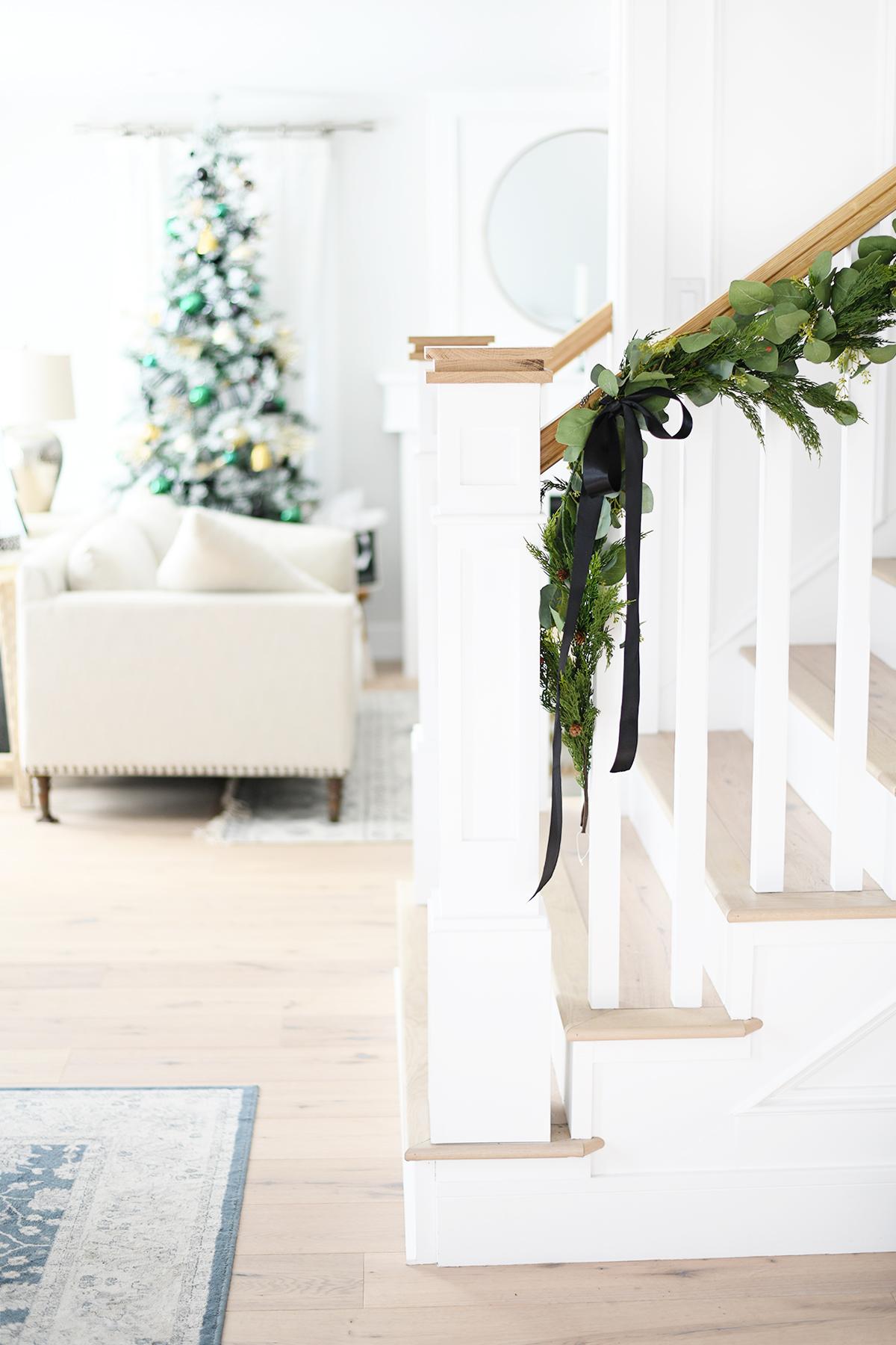 Christmas entry way decorating ideas diy 4