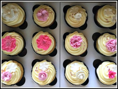 Vanilla Cupcakes with Flower detail