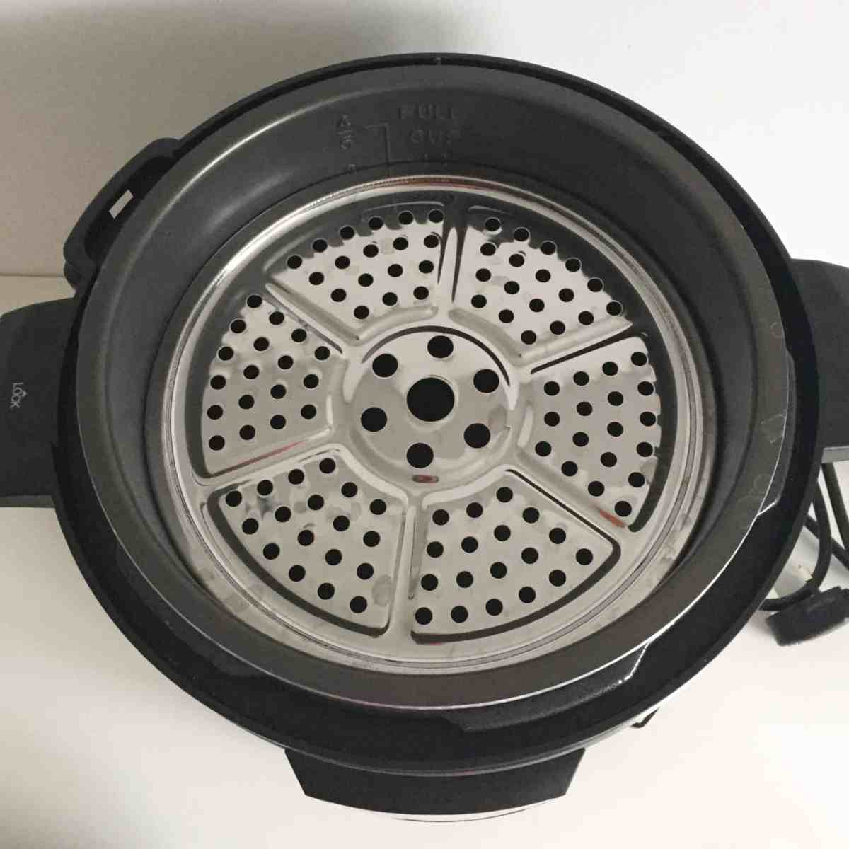 Bella Electric Pressure Cooker with steamer insert