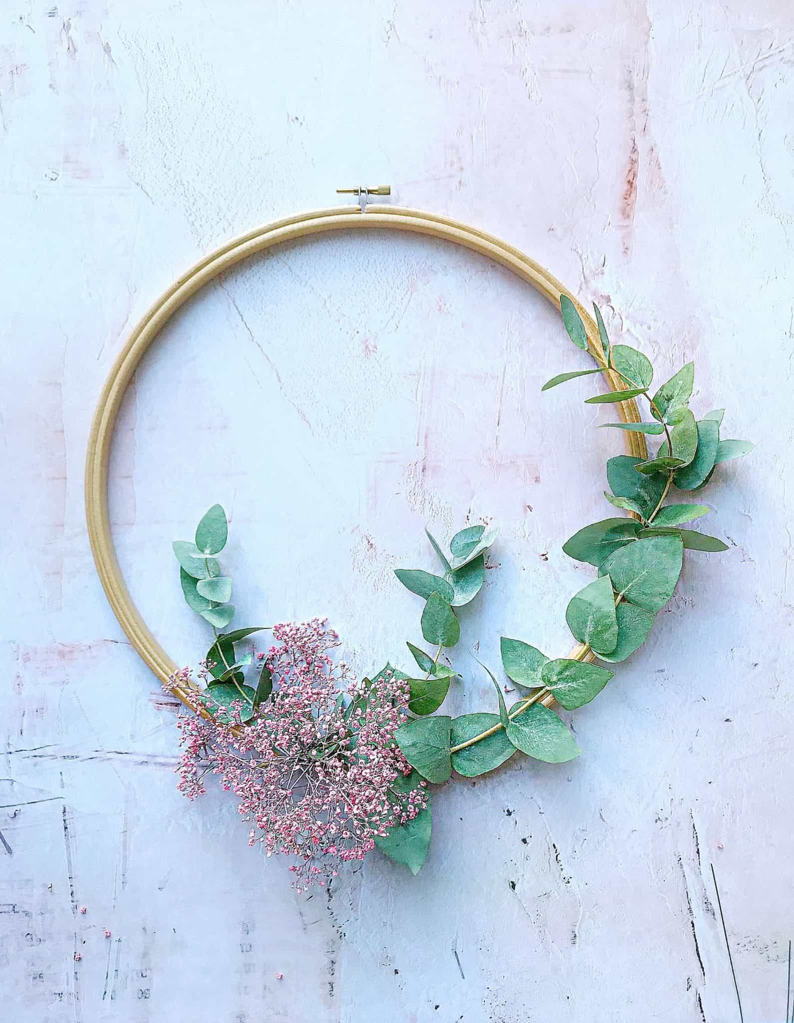 How to make winter wreaths