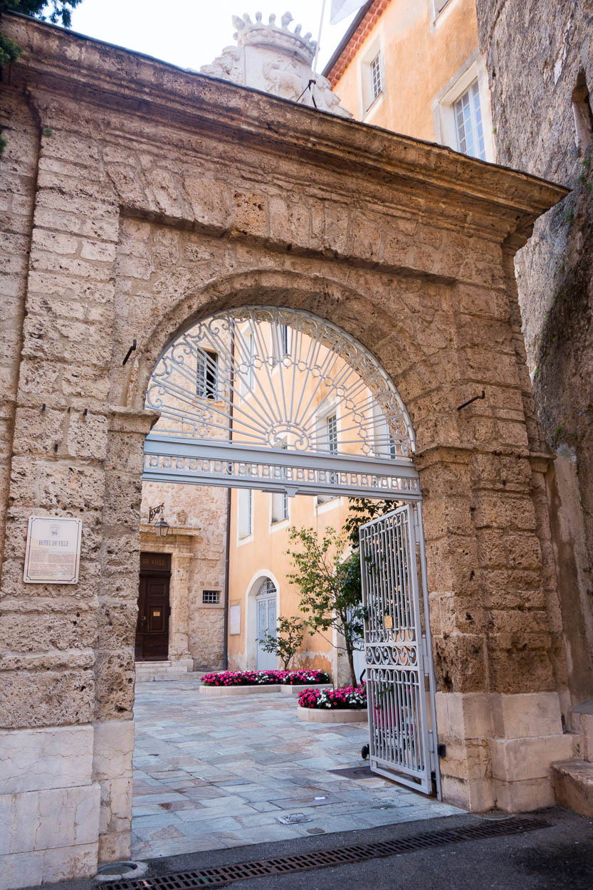 Gate into the courtyard of the historic town hall, Grasse