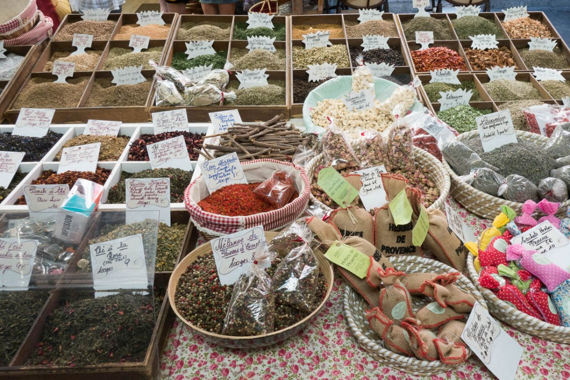Spices and herbs in the Marché Provençal