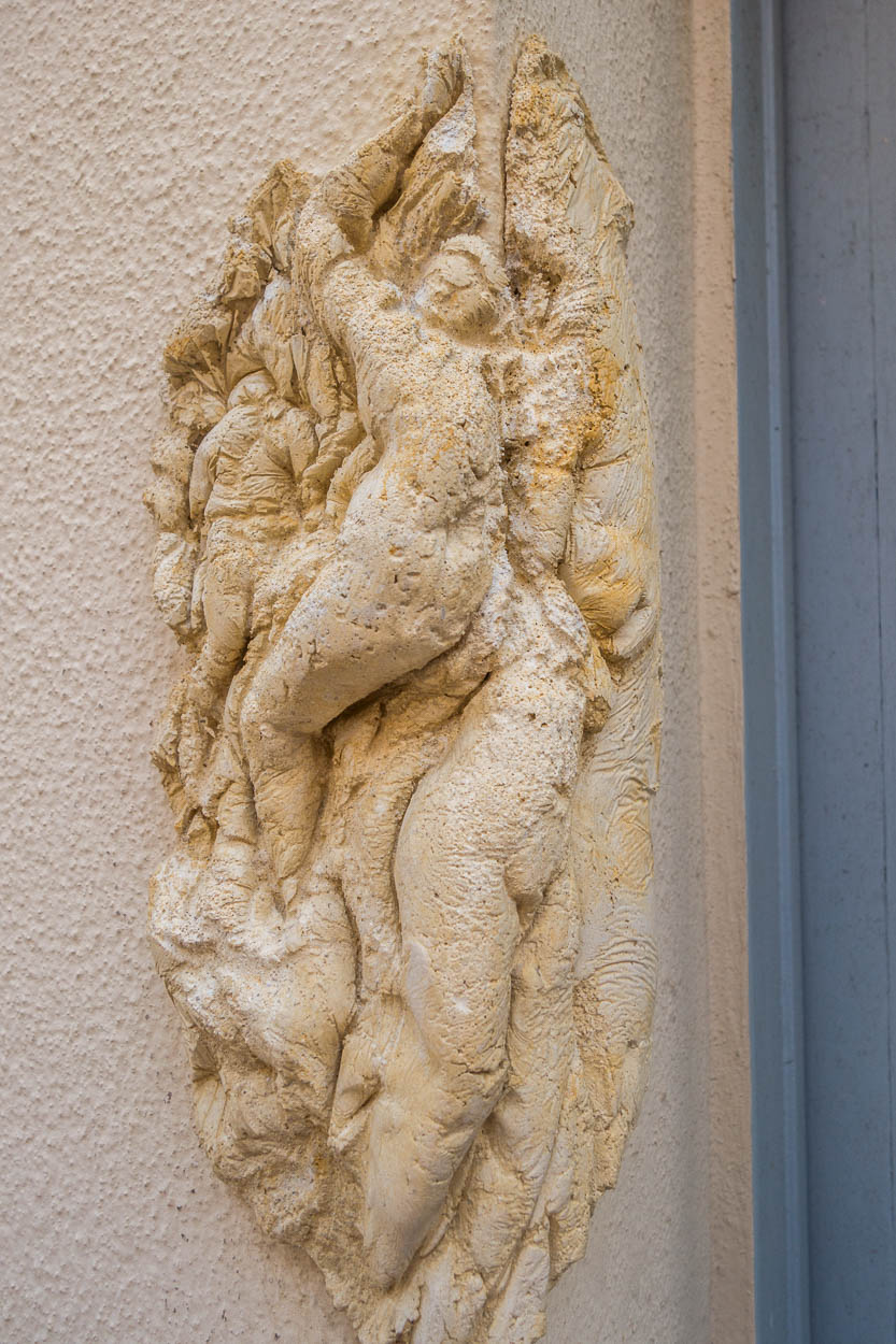Clay figures on the walls of the old town, Antibes