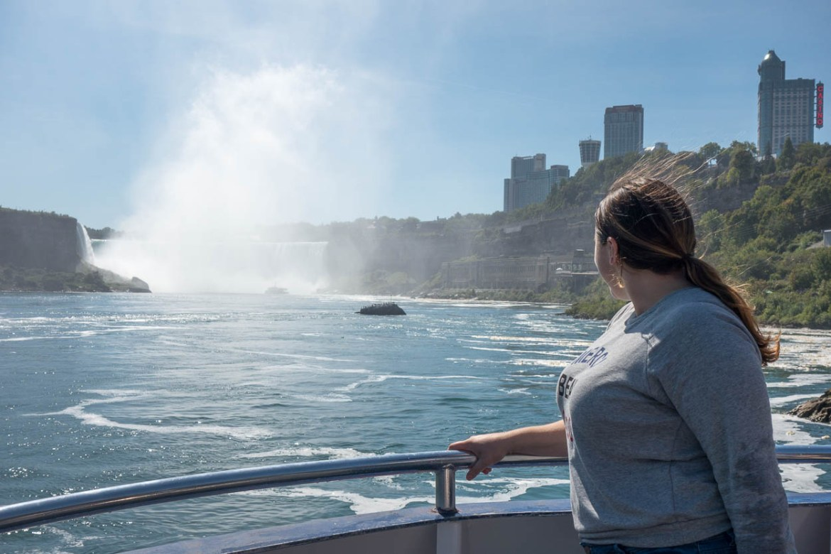 pinkschmink looking back at the Canadian Horseshoe Falls, Niagara