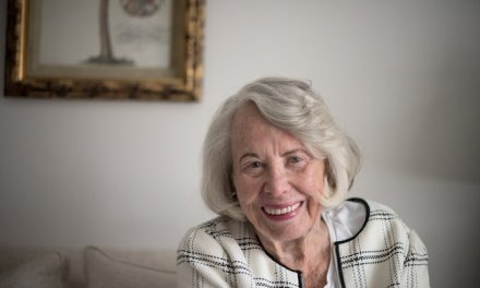 New York Gossip Columnist Liz Smith Dies at 94