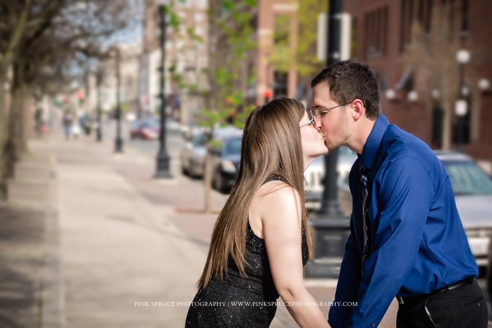 Nicole + Kyle | Downtown La Crosse Engagement Session
