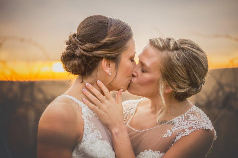 Pedretti's Party Barn Wedding | Heidi and Kelly