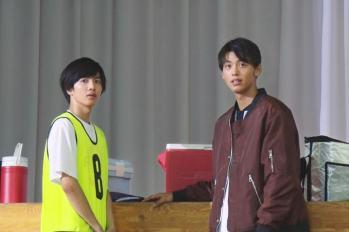 【日影】竹内涼真为志尊淳友情站台~ 客串演出電影『奔跑吧!T校籃球部 』,飾演籃球隊前輩一角。