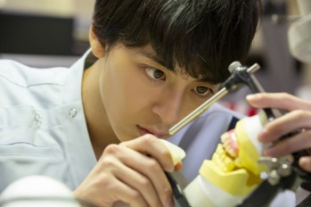 【日本電影】高杉真宙挑戰齒技工士角色!電影『笑顔の向こうに』確定於明年在日本上映。