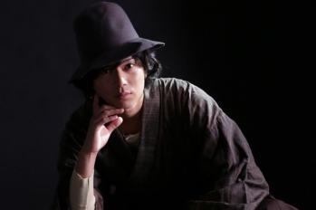 """【特別劇】加藤成亮確定飾演平成最後的""""金田一耕助""""!特別劇「犬神家的一族」將於平安夜在日本播出。"""