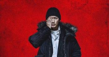 綾野剛 X 清水崇導演的首次合作~ 出演漫改電影「異變人」。