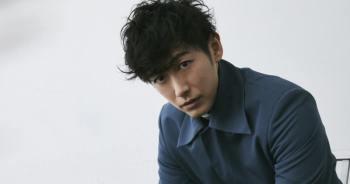 藤岡靛參演主演電視劇「我推的王子」,化身斗M副社長,偷偷暗戀比嘉愛未。