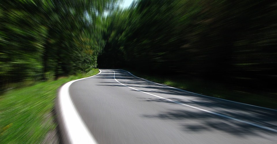 https://pixabay.com/en/road-speed-secondary-road-259815/