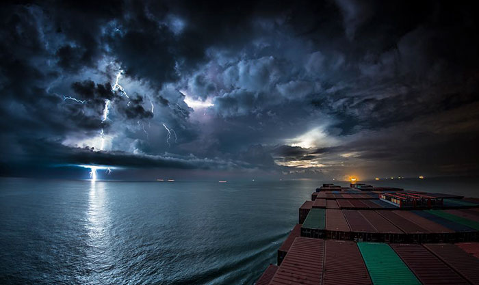 cargo-ship-incredible-journey-timelapse