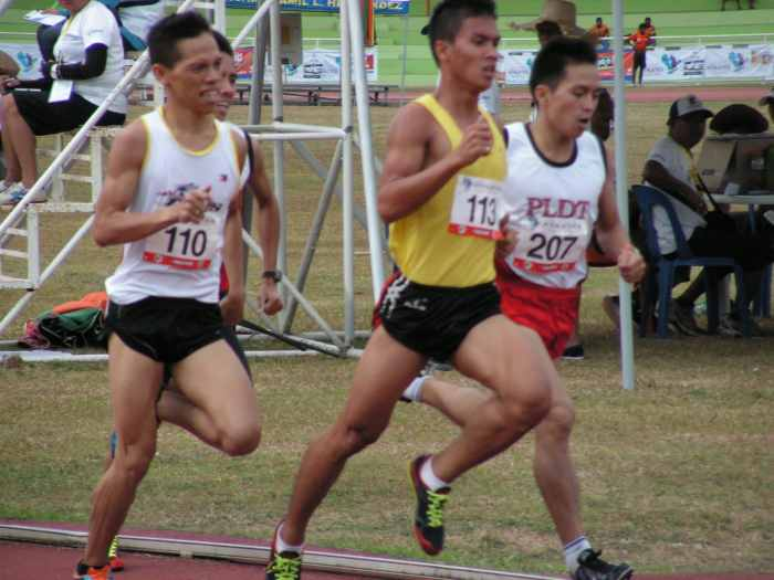 Wagdos and Guarte go head to head in the Mens 1500- Airnel T. Abarra