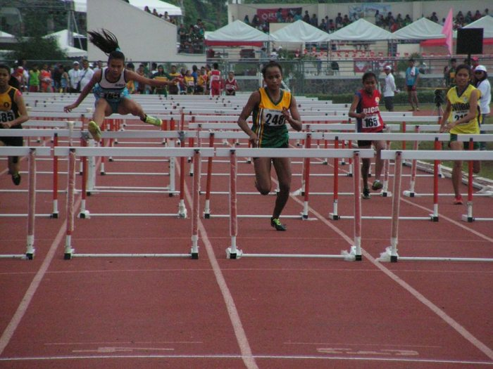 The Black beauty leads the 100 Hurdles. Photo Credit: Airnel T. Abarra, pinoyathletics.info copyright 2015