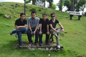 Mark, Faust, Kevin and Richard - mga bitterano. XD (photo by Kitty Purry)