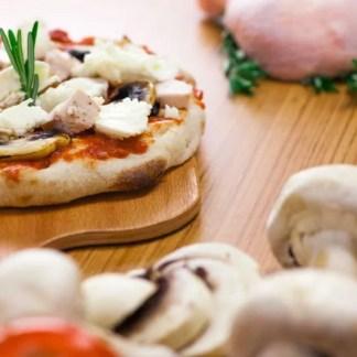pinsa-pollo-e-funghi