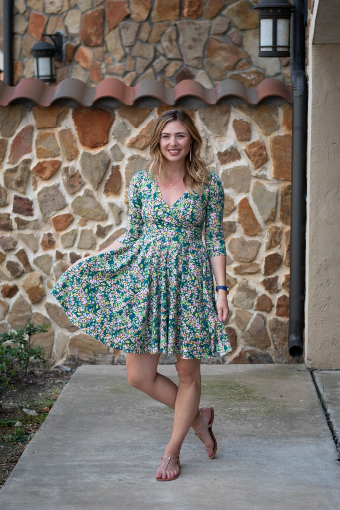 sewing the Tres Belle Dress