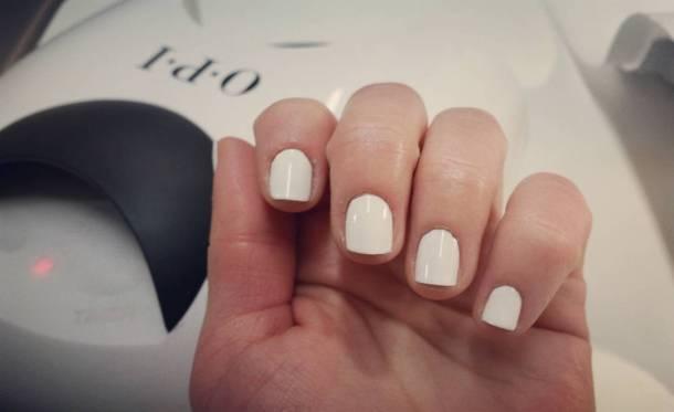 Going with white today! loveopi opi opinailbar white nails nailpolishhellip