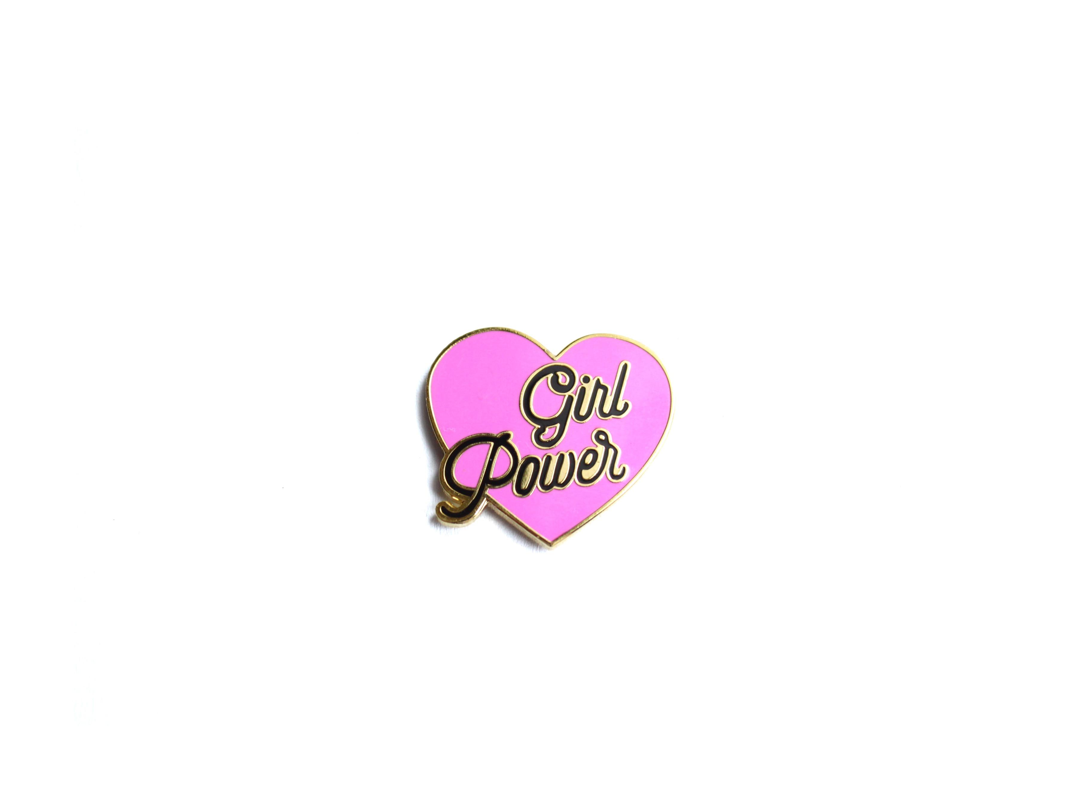 pin's féministe girl power