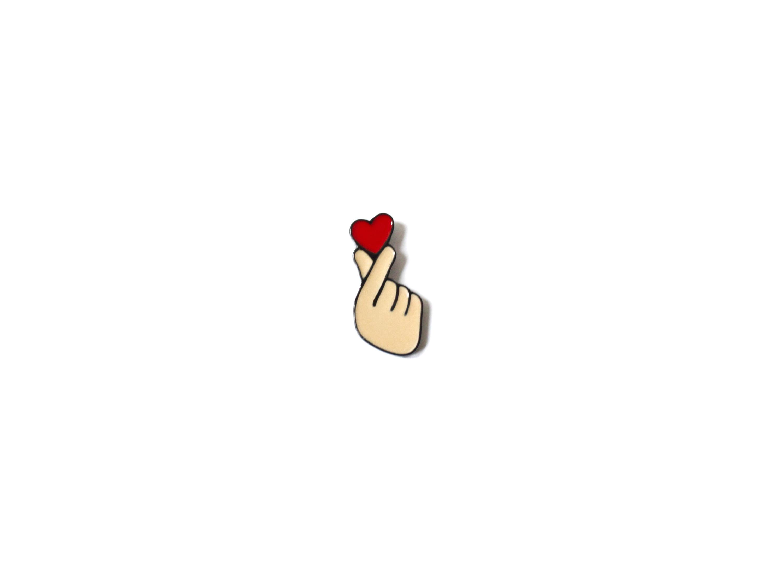 pin's main coeur