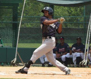 Leonardo Molina with the Gulf Coast League Yankees in 2015 (Bryan Green)