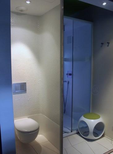 barcelo-raval-hotel-bathroom [1600x1200]