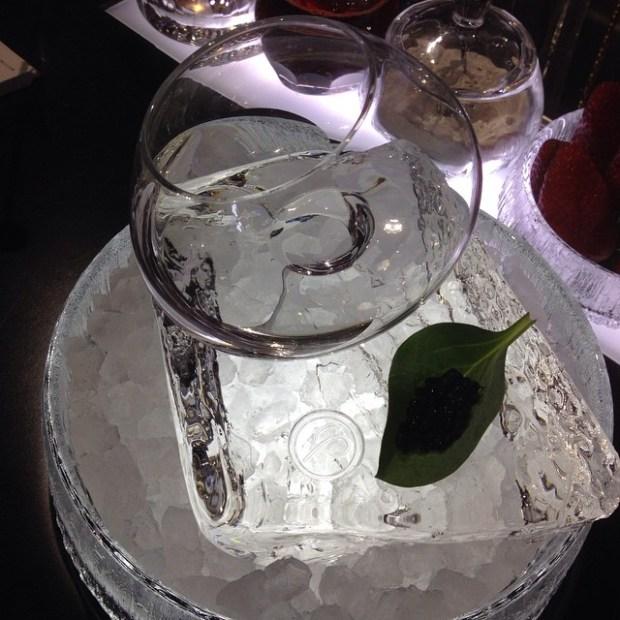 Oyster caviar vodka martini @ Le parfum
