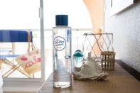 Les Bulles de Mer - 1 bouteille d'eau filtrée dans chaque chambre
